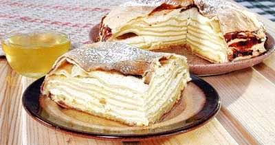 Баница-слоеный пирог с творгом
