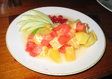 Японский фруктово-овощной салат