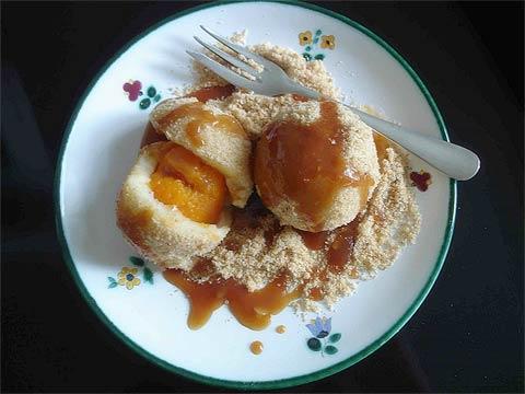Мариленкнедель - абрикосовые клецки