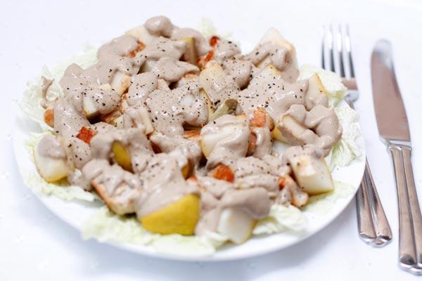Салат из курицы с грушей № 1