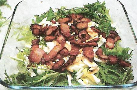 Салат с эндивием и рукколой
