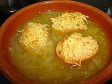 Сопа де себолья - луковый суп по-крестьянски