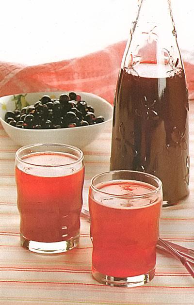 Вино сухое из черной смородины
