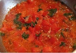 Восточный соус из свежих помидор
