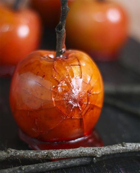 Засахаренные яблоки