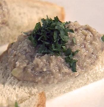 Форшмак из хлеба и сельди