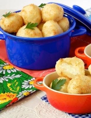 Кнели (кнедли) картофельные с брынзой