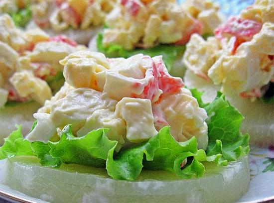 Салат с креветками и ананасами от Яны Клочковой