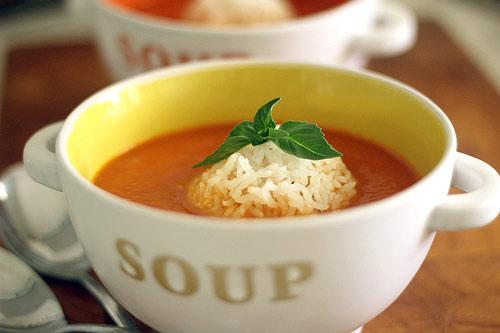 Суп из свежих помидоров и риса