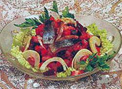 Винегрет со свежей сардиной или сельдью