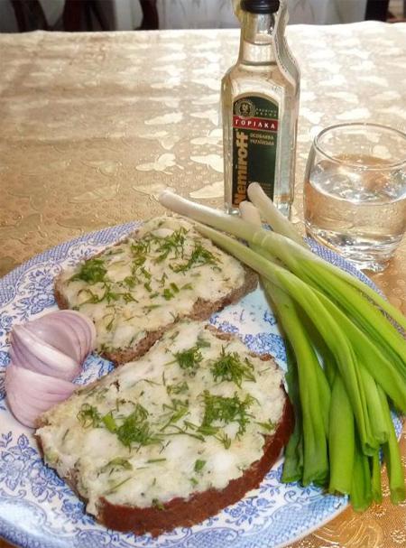 Бутербродное сало к горилке «Укропівське»