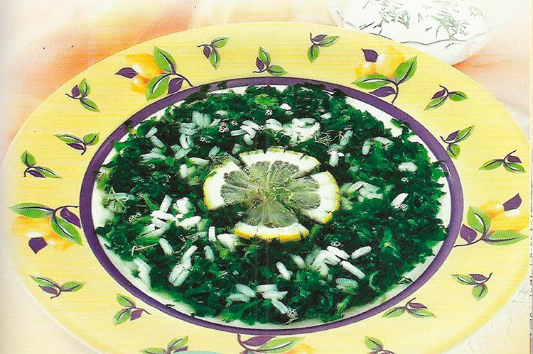 Cуп из риса и шпината с лимоном