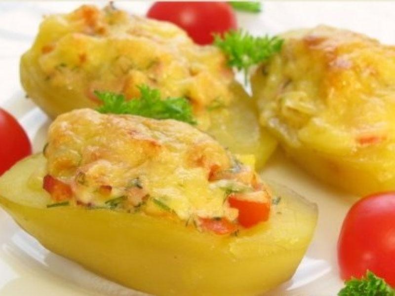 Картошка с сыром и ветчиной