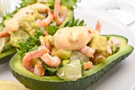 Салат из авокадо с креветками от актрисы Нонны Гришаевой