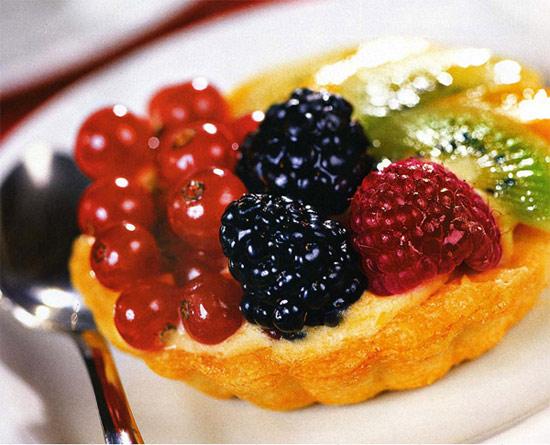 Корзиночки песочные с фруктами