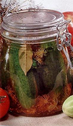 Огурцы в яблочном соке